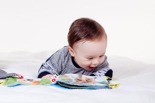 zabawki 4 miesięczne dziecko